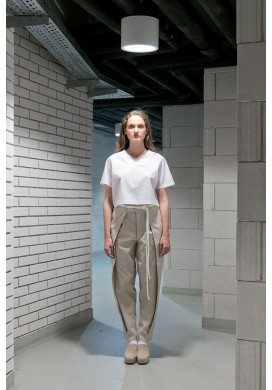 Front Pleated Long Beige Trousers